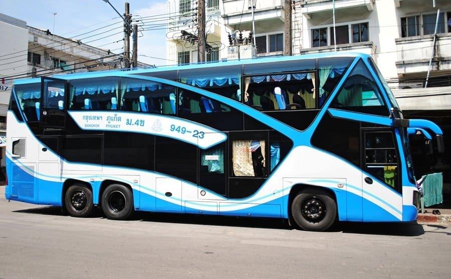 Autocarro nocturno