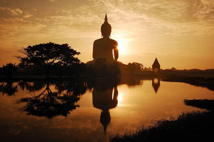 Wat Muang - Ayutthaya