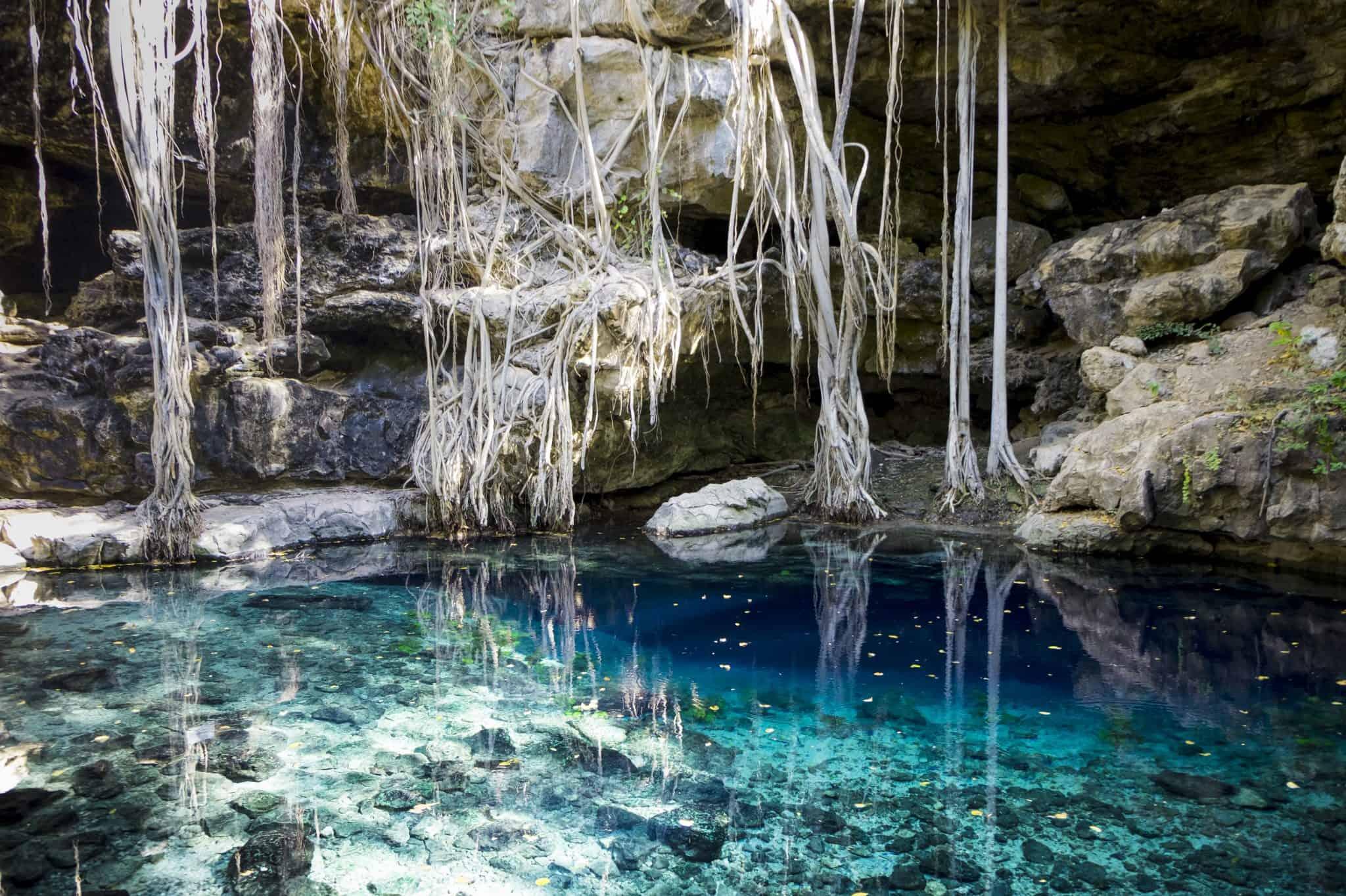 Cenote X'Batún a 40km a sul de Mérida em direcção de Uxmal
