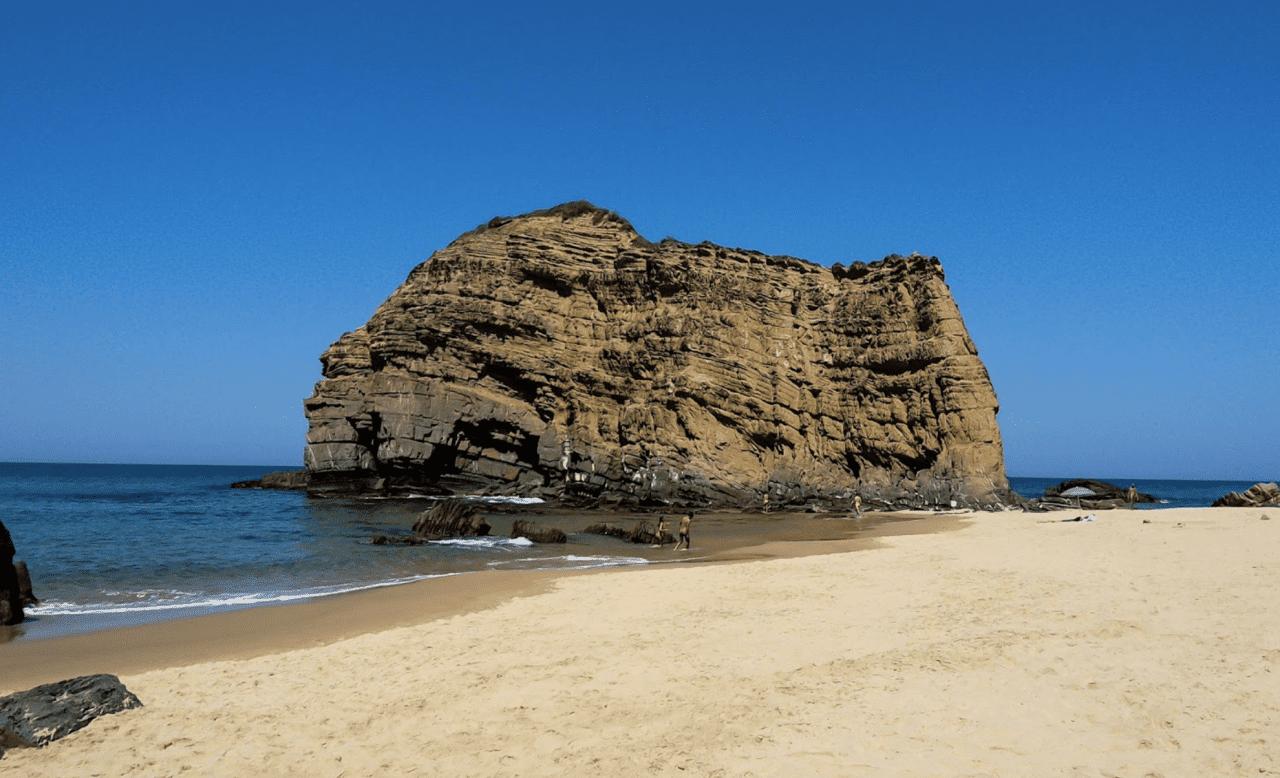 praia das costas do lajão